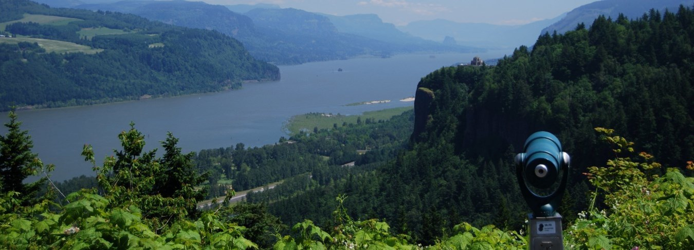 OR - Columbia Gorge-view of crown point