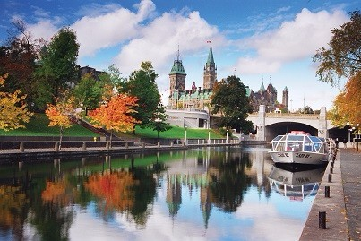 ON - Rideau-Canal-and-Parliament-Hill-in-the-Fall-credit-Ottawa-Tourism