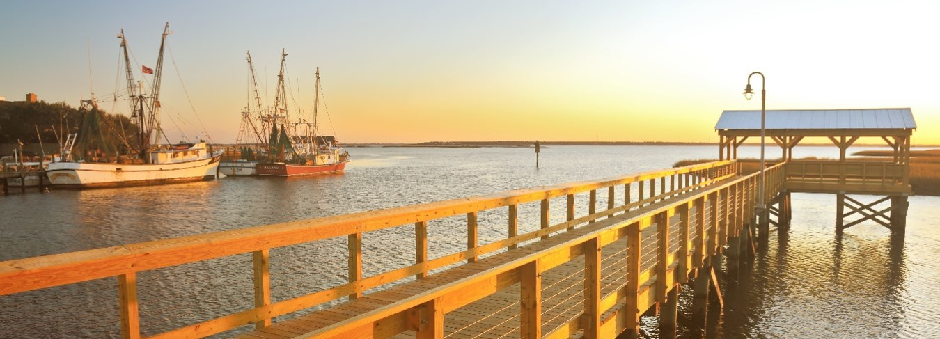 SC, Shem Creek Sunset. Image courtesy of the Charleston Area CVB, ExploreCharleston.com credit Doug Hickok